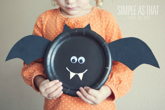 Halloween paper plate craft