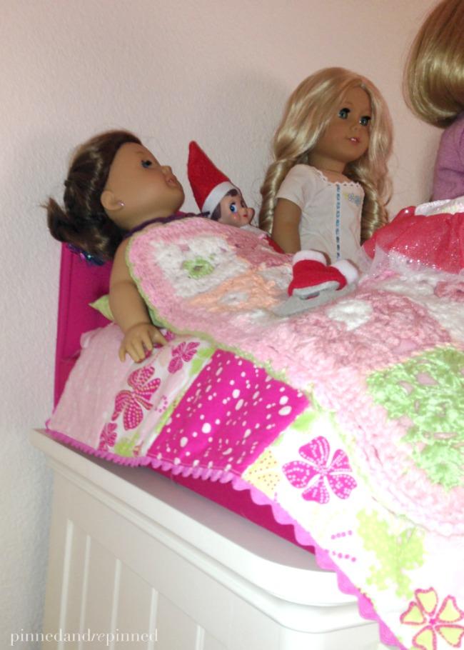 elf-with-dolls