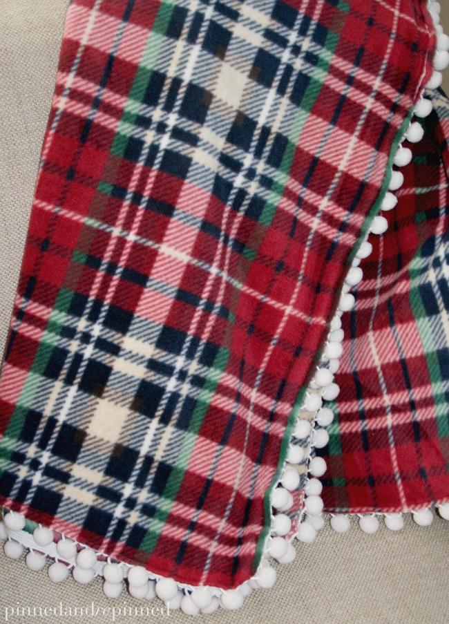 diy-fleece-blanket