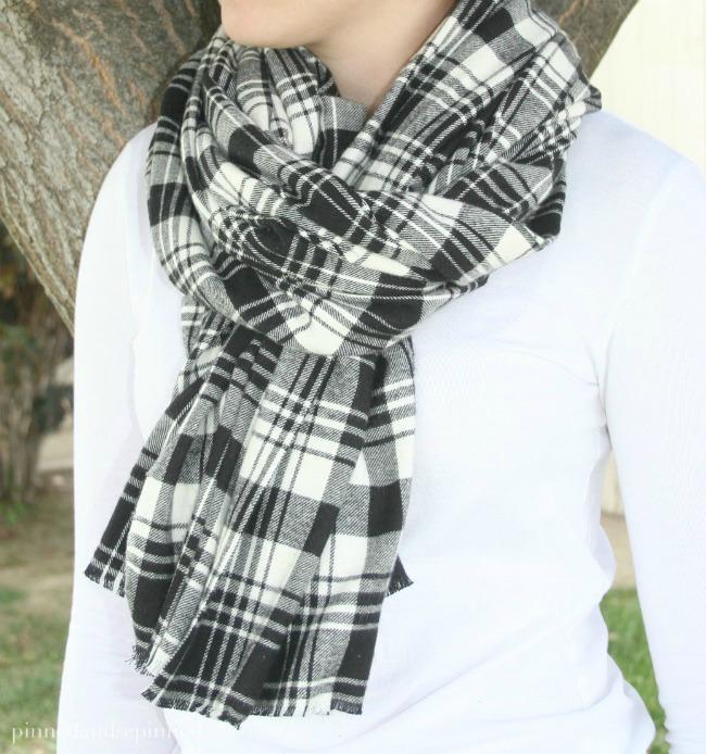 no-sew-flannel-scarf-fi